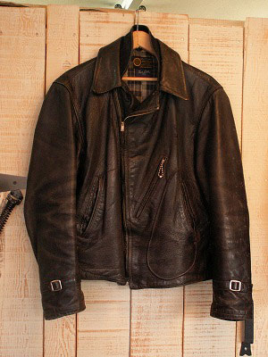 Leather Jacket - Aviators style