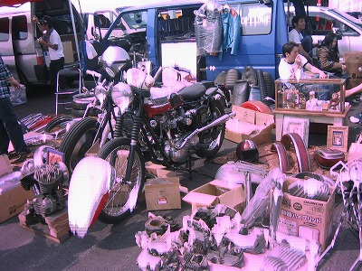 MOONEYES MOTORCYCLE SWAP MEET
