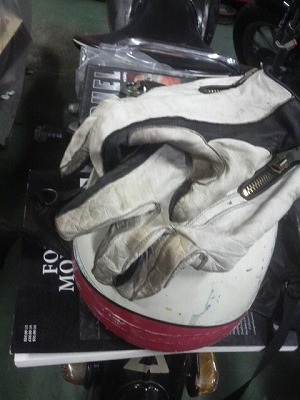 "経年変化 - Semi Dress Riding Gloves ""2-tone style"" WH"
